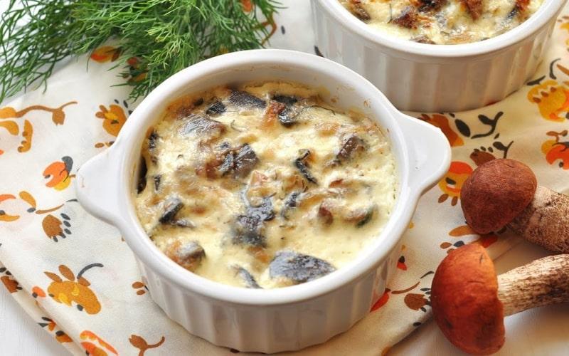 Жульен с курицей и грибами в духовке — 12 классических рецептов