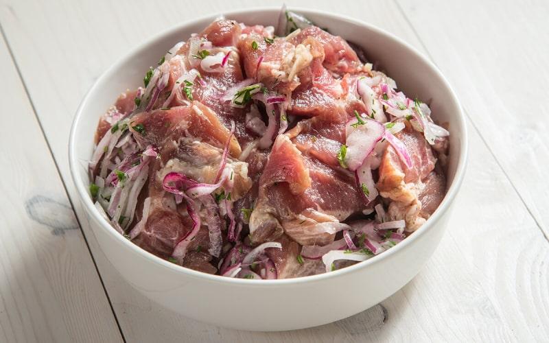 Маринад для шашлыка из свинины — лучшие рецепты